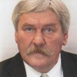 Dr. Szabó János -