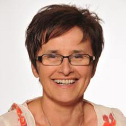 Dr. Szabó Magdolna - Bőrgyógyász, Kozmetológus, Gyermekbőrgyógyász