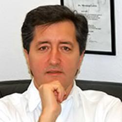 Dr. Mészáros László -