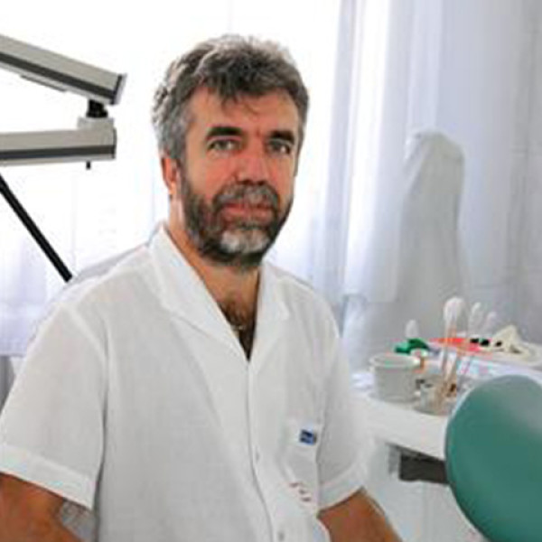 Dr. Dömötöri Gyula - Nőgyógyász