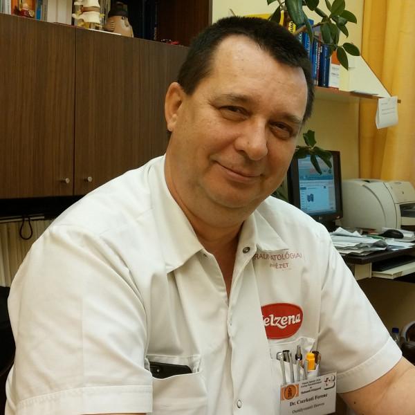 Dr. Cserkuti Ferenc - Traumatológus, Kézsebész