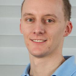Dr. Vincze Máté -
