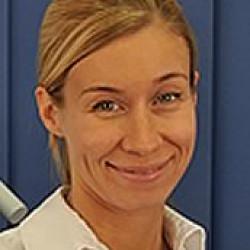 Dr. Nina Löffler -