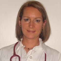 Dr. Voloncs Bernadett - Belgyógyász, Kardiológus