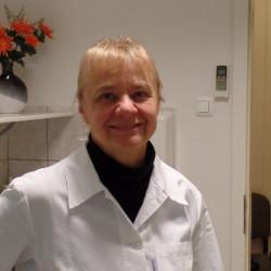 Dr. Szűcs Enikő - Fül-orr-gégész