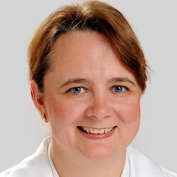 Dr. Kassay Erzsébet - Bőrgyógyász, Gyermekbőrgyógyász