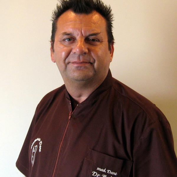 Dr. Baltás Béla - Fogorvos
