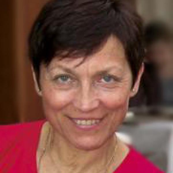 Dr. Feminger Andrea - Szemész