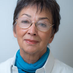 Dr. Czirják Júlia - Fül-orr-gégész