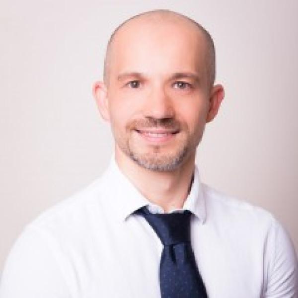 Dr. Vajda Zsolt - Gyermek endokrinológus