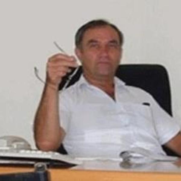 Dr. Marosvölgyi Péter - Plasztikai sebész, Sebész