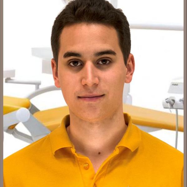 Dr. Margóczi Dávid - Fogorvos, Diagnoszta