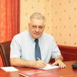 Prof. Dr. Hercz Péter - Nőgyógyász