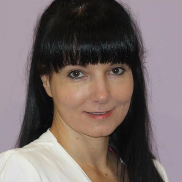Dr. Takács Doloresz - Bőrgyógyász, Kozmetológus