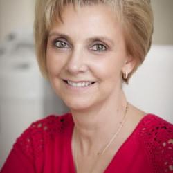 Dr. Molnár Marianna - Fül-orr-gégész, Audiológus, Gyermek fül-orr-gégész