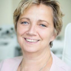 Dr. Beke Zsuzsanna - Fül-orr-gégész