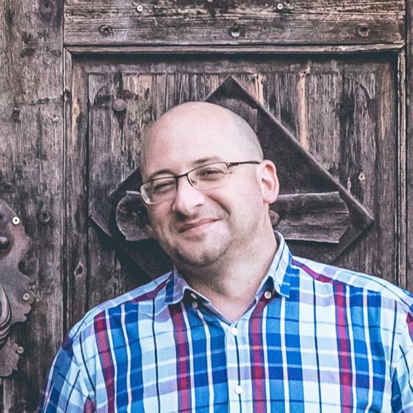 Kajzinger Róbert - Pszichológus