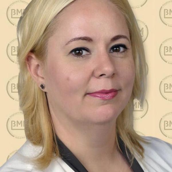 Dr. Hetthésy Judit - Kézsebész , Ortopédus