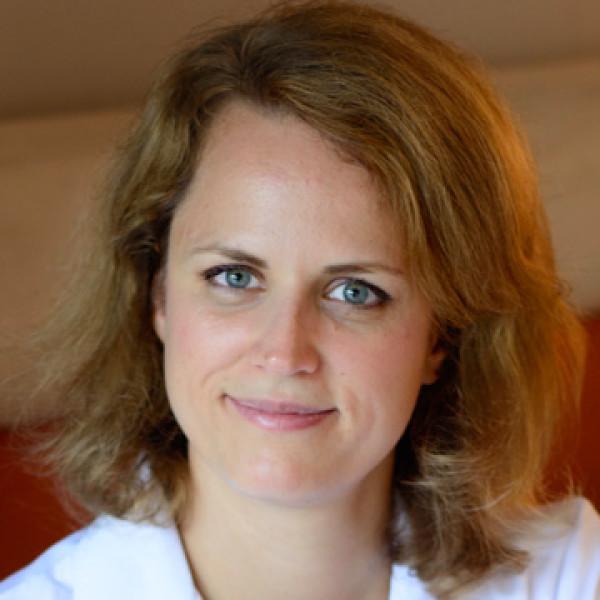 Dr. Kovács Anikó - Bőrgyógyász, Nemigyógyász, Kozmetológus