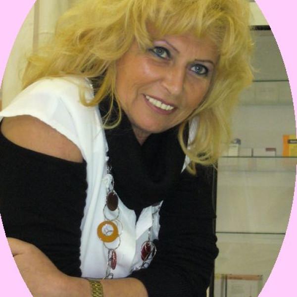 Dr. Faddi Erika - Bőrgyógyász, Radiológus, Ultrahangos szakorvos