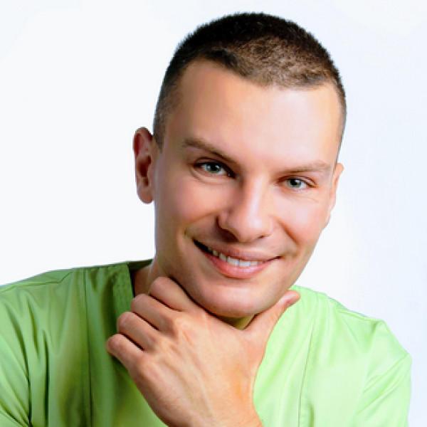 Dr. Varga Csaba - Fogorvos, Fogszabályozó szakorvos