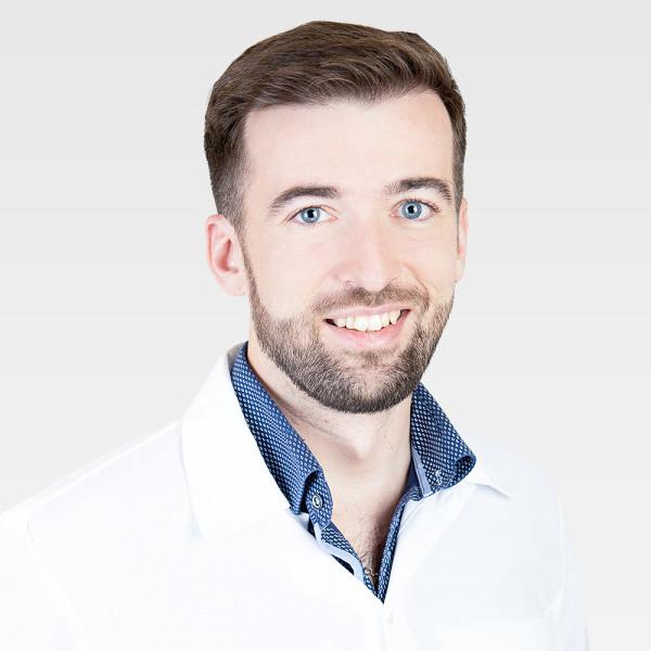 Dr. Karászi Péter - Ortopédus