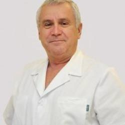 Dr. Zsiros Lajos PhD - Ortopédus, Sebész