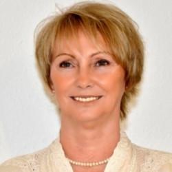 Dr. Laczkó Ágnes - érsebész, Visszérgyógyász