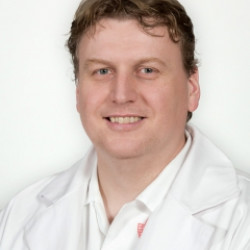 Dr. Oláh Zoltán - érsebész, Visszérgyógyász