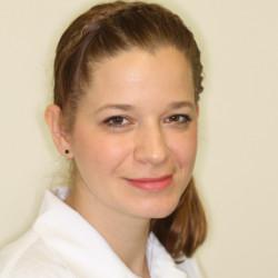 Dr. Mihalik Noémi - Nemigyógyász, Infektológus
