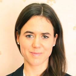 Dr. Poór Adrienn - Bőrgyógyász, Nemigyógyász, Kozmetológus