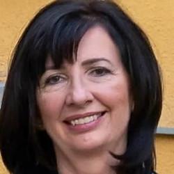 Dr. Huber Eleonóra - Kardiológus, Belgyógyász