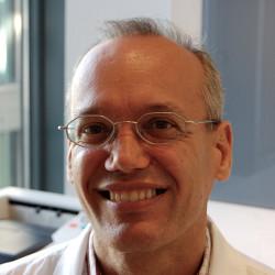 Dr. Sipos Péter Ph.D - Sebész, Proktológus, Visszérgyógyász