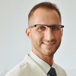 Dr. Vrecenár László - Urológus