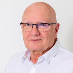 Dr. Radnai Zoltán - Sebész, érsebész