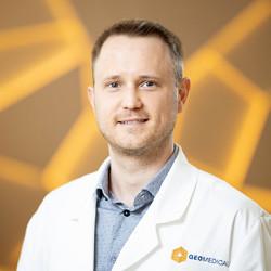 Dr. Dános Kornél - Fül-orr-gégész