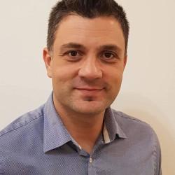Dr. med. Kazay Szilárd Zsolt PhD - Plasztikai sebész, Esztétika