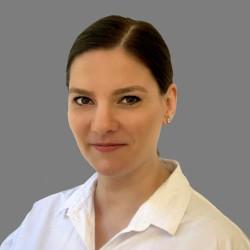 Dr. Váraljai Vanda - Nőgyógyász