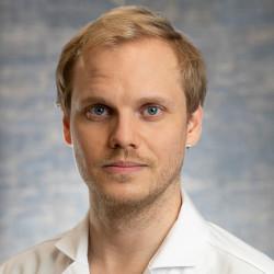 Dr. Jarecsny Tamás - Neurológus