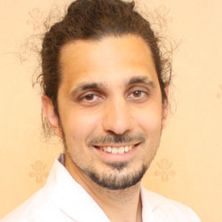 Dr. Lakatos Kornél - Nőgyógyász