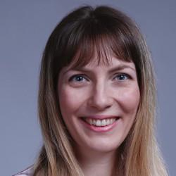 Dr. Hajnáczky Lilla - Pszichiáter