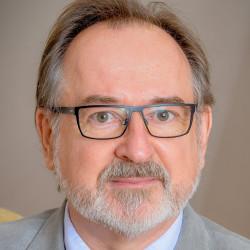 Dr. Hável János - Idegsebész, Neurológus